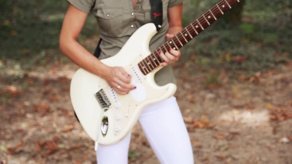otrov-i-lek-making-off-biljana-obradovic-bixy&guitar