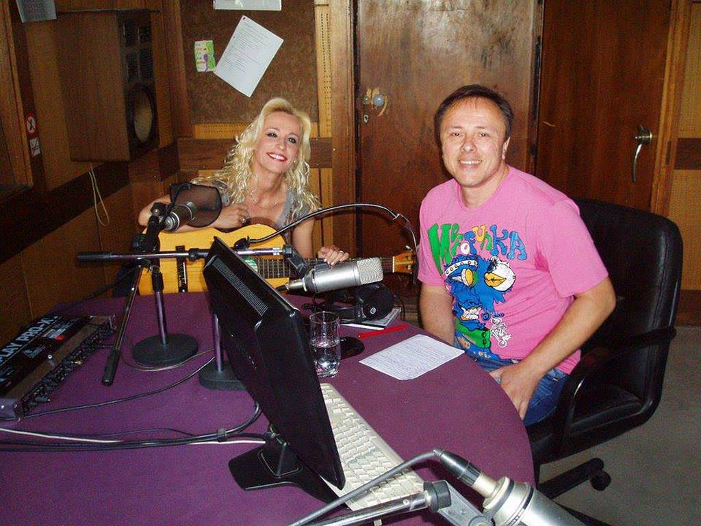 radio-stara-pazova-Bixy&Friends